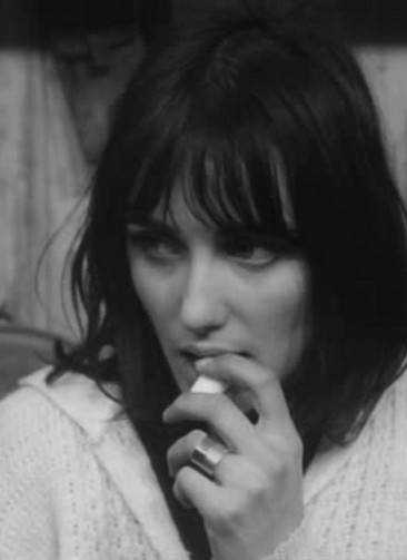 Genevieve_Galea_Les_Carabiniers_Jean-Luc_Godard_film